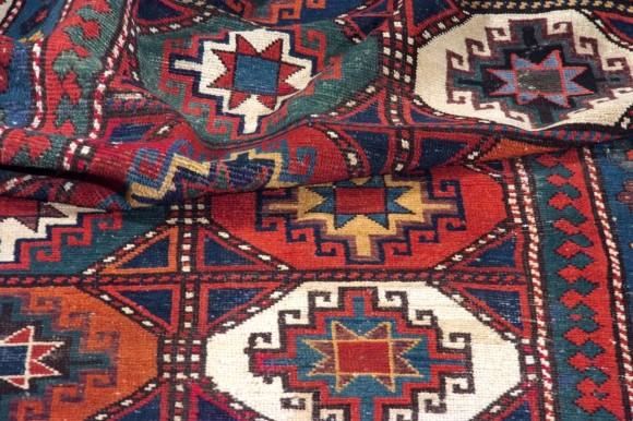 Mogan caucasico antico cm 280x122
